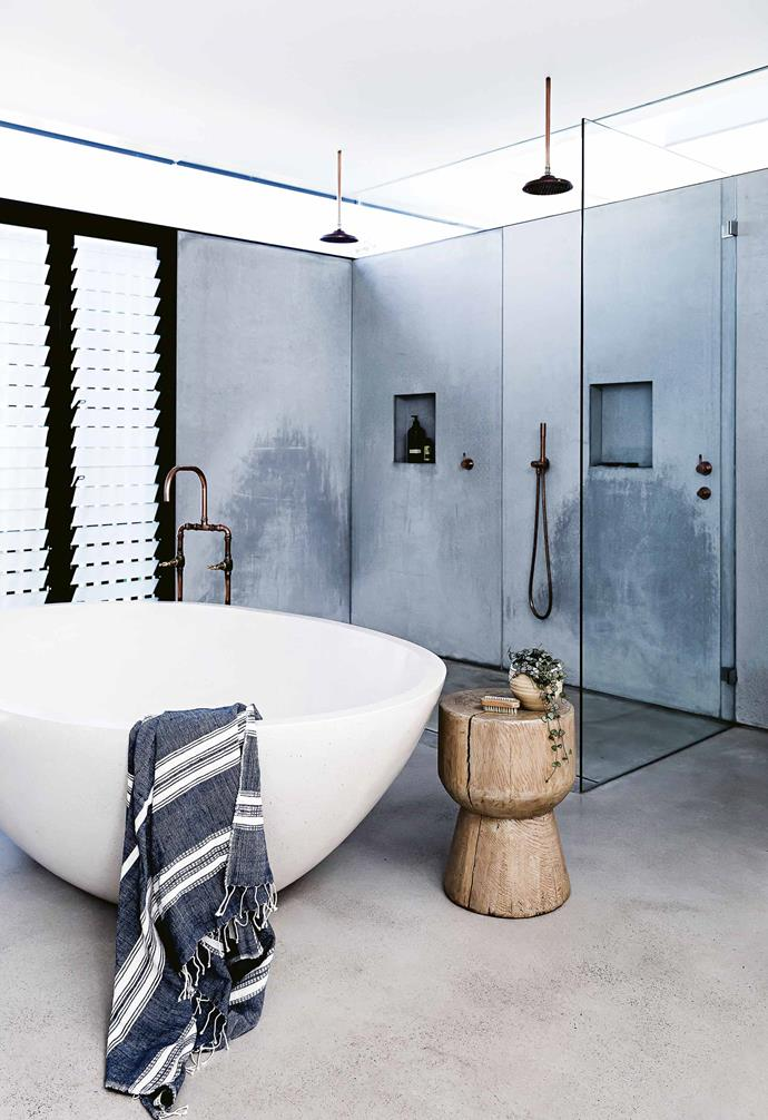 """The sliding doors were one of the very few things that took a little longer than expected, despite Clyde's detailed planning.  Other delays were mainly due to slight design changes part way through the build.<br><br>**Ensuite** The [Brodware](https://brodware.com/