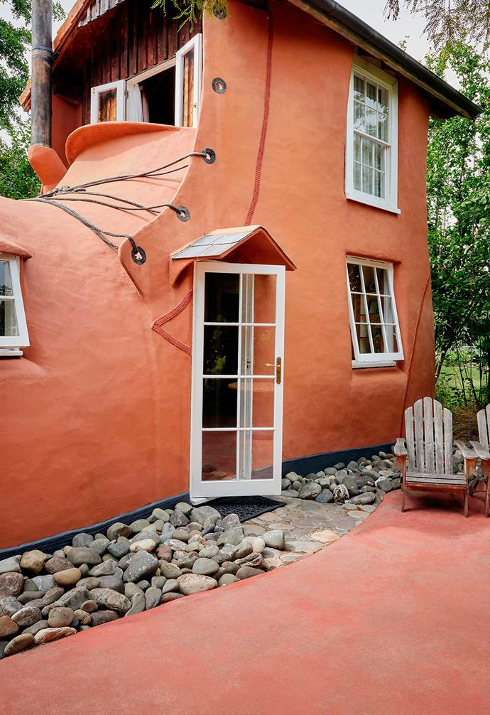 """>> Nestled in New Zealand, [The Boot](https://www.airbnb.com/rooms/23188128 target=""""_blank"""" rel=""""nofollow"""") instantly transports you into a fairytale book."""