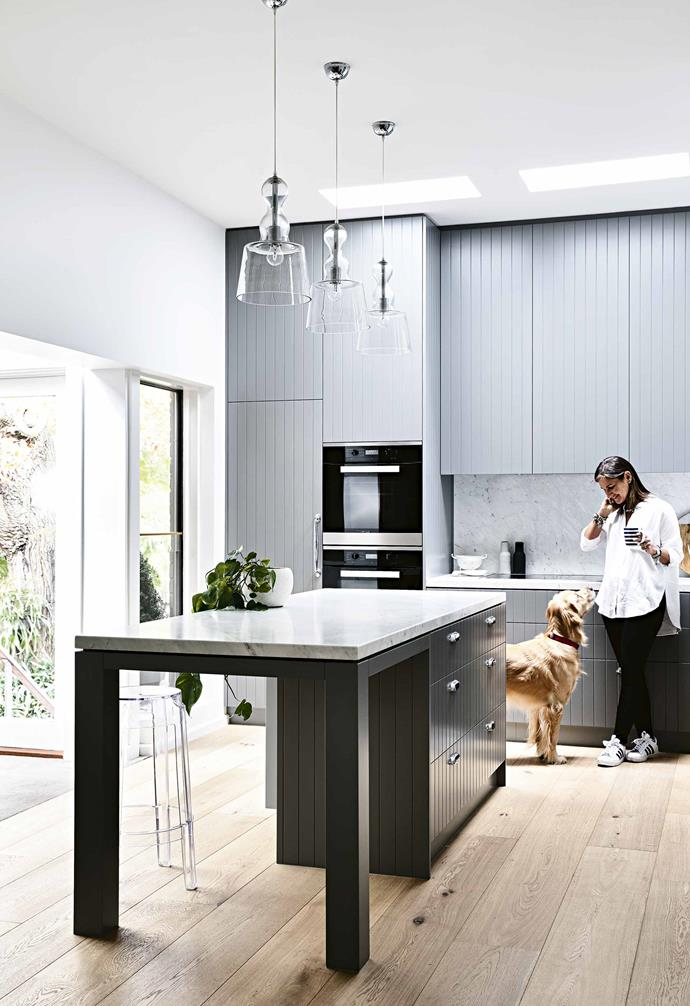"""In the kitchen of this [renovated Art Deco-style home](https://www.homestolove.com.au/art-deco-house-melbourne-18506