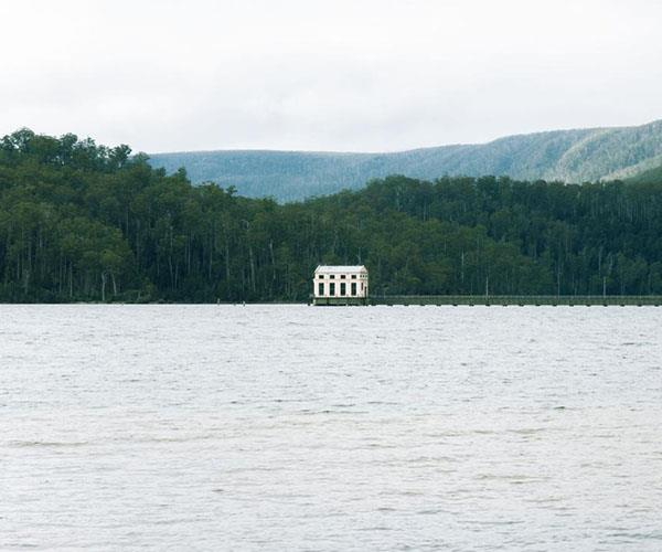 Pumphouse Point on Lake St Clair offers three choices of accommodation.