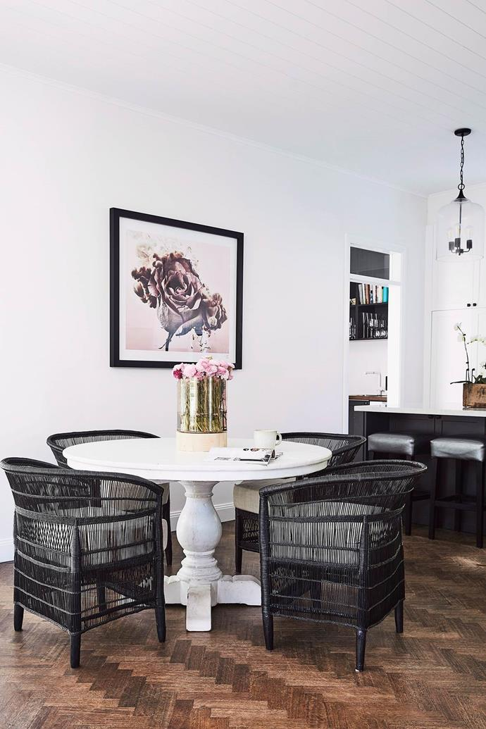 Black paint puts a sophisticated spin on a traditional cane setting.