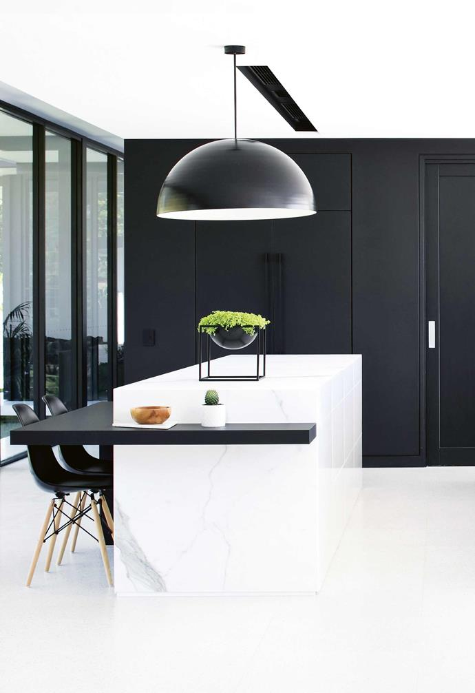 """As an architecture student, Sarah fell in love with the idea of living in a glass home inspired by the clean lines of modernism. In the UK, strict planning regulations all but ruled it out, plus there wasn't the right kind of [year-round sunlight](https://www.homestolove.com.au/how-to-increase-natural-light-in-home-15836