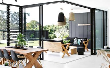A Modernist-style home with a monochrome palette in Noosa