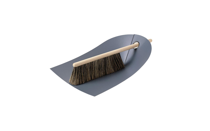 "Normann Copenhagen dustpan and broom, $50, [Valise](https://valise.com.au/products/normann-copenhagen-dustpan-broom-dark-grey?variant=13648718856253&currency=AUD&utm_campaign=gs-2018-10-10&utm_source=google&utm_medium=smart_campaign|target=""_blank""