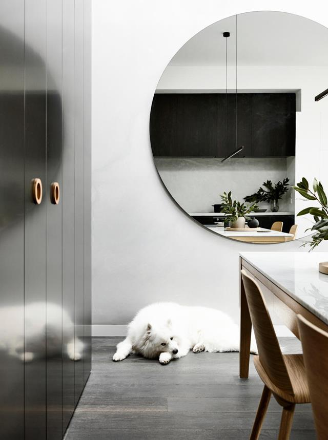 "While this circa-1900 single-fronted cottage had been the perfect first home for owner Jared, it needed to offer a lot more now that partner Meera Sudra and dog Roy are on the scene. This Melbourne home was recast as a [glamorous abode](https://www.homestolove.com.au/workers-cottage-turned-modern-abode-20325|target=""_blank"") for a party of three."