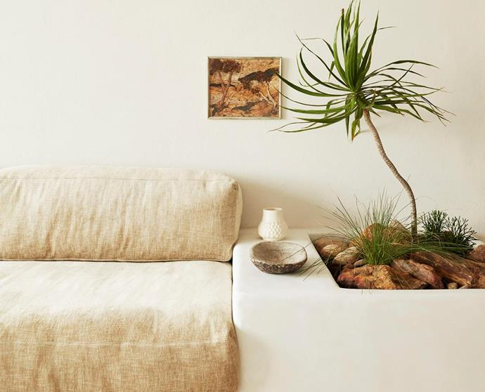 """A [neutral, minimal apartment](https://www.homestolove.com.au/olivia-bossy-freshwater-apartment-20809