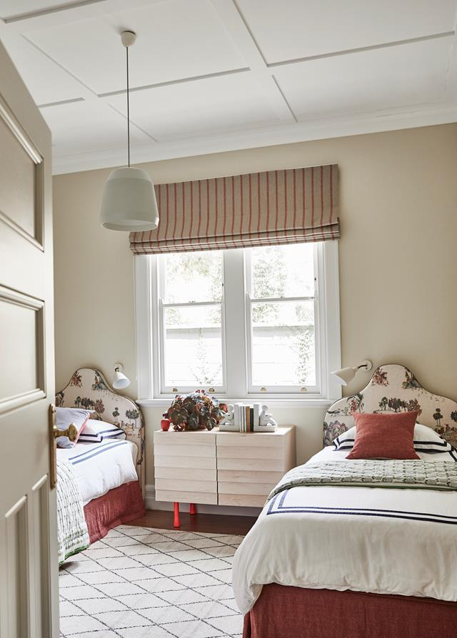 "This grandchildren's bedroom is at the ready in a [refined Federation home](https://www.homestolove.com.au/renovated-federation-house-balances-old-and-new-21148|target=""_blank"") in Sydney, and provides perfect inspiration for a classic girl's bedroom with a muted, elegant palette and a touch of pattern."
