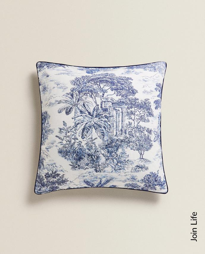 "Printed Linen Cushion Cover, $47.90, [Zara Home](https://www.zarahome.com/ca/living-room/cushions/printed-linen-cushion-cover-c1020264596p301483679.html?ct=true|target=""_blank""