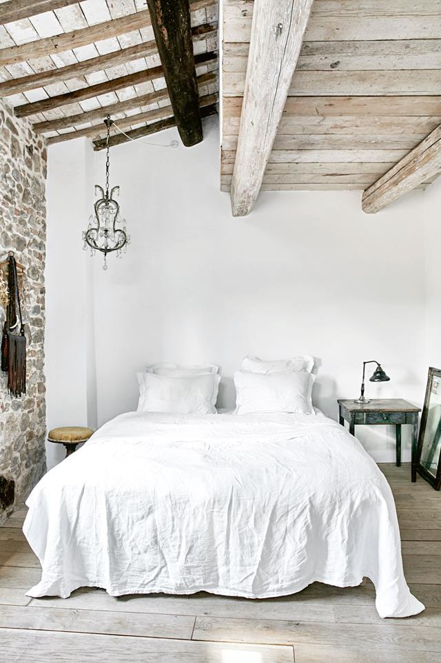 """This charming loft bedroom in a [restored 17th-century Tuscan villa](https://www.homestolove.com.au/restored-tuscan-villa-12291