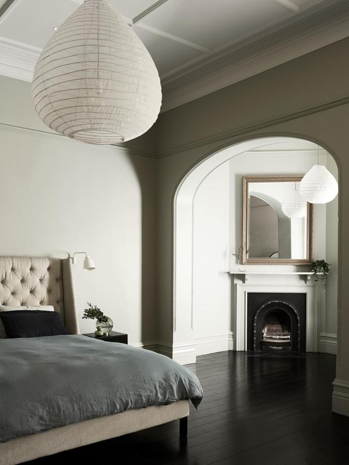 Caravaggio wall light in the guest bedroom. Paris Au Mois D'Août pendant lights from Hub.