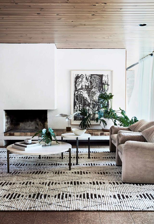 **Important details** Block colour is great but creating movement and energy that cuts through it is essential. Cue this room's graphic black elements.
