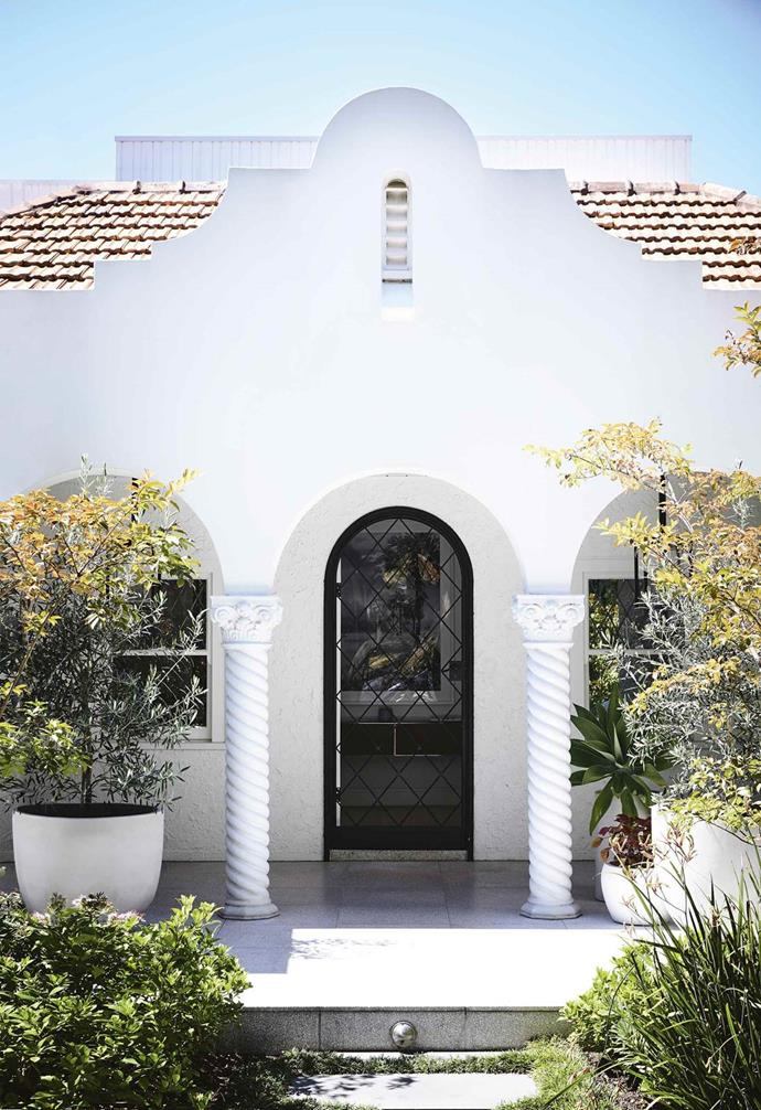 """Homeowner Tam saw past the salmon-pink exterior of this [Spanish Mission-style house](https://www.homestolove.com.au/minimalist-period-house-18410