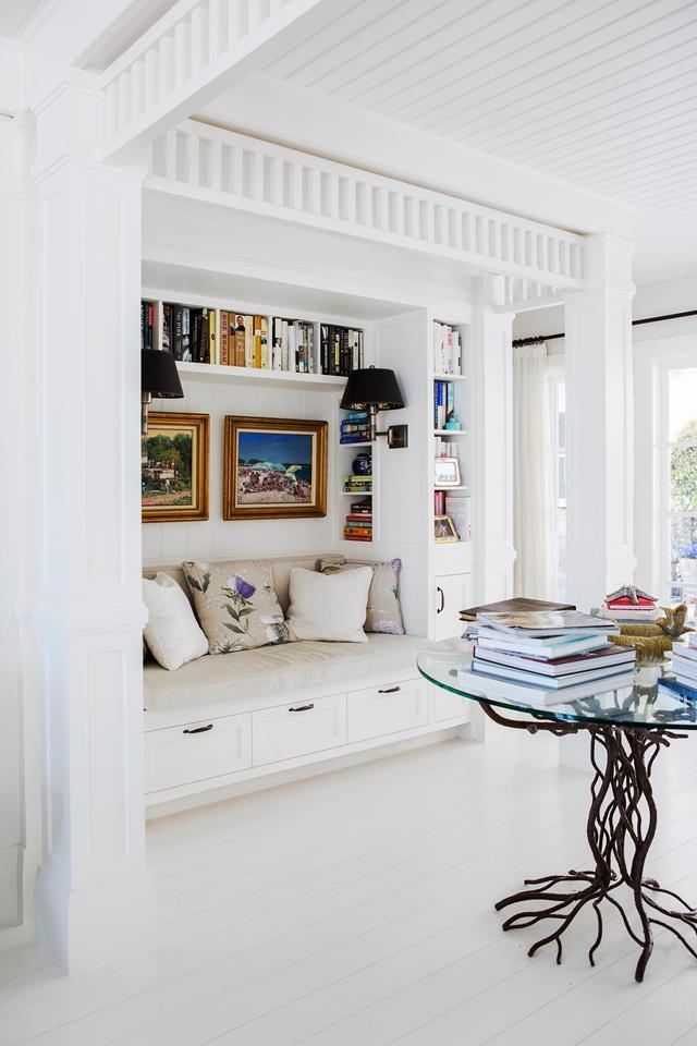 """This [Hamptons-inspired holiday home in Western Australia](https://www.homestolove.com.au/a-hamptons-inspired-holiday-home-south-of-perth-5122