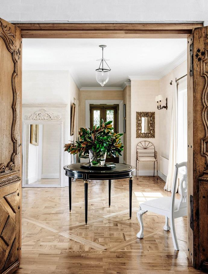 """From its elegant parquetry flooring to its timeless, classic furnishings, a chic French spirit infuses [Melissa Penfold's grand house](https://www.homestolove.com.au/melissa-penfolds-french-inspired-country-house-2537