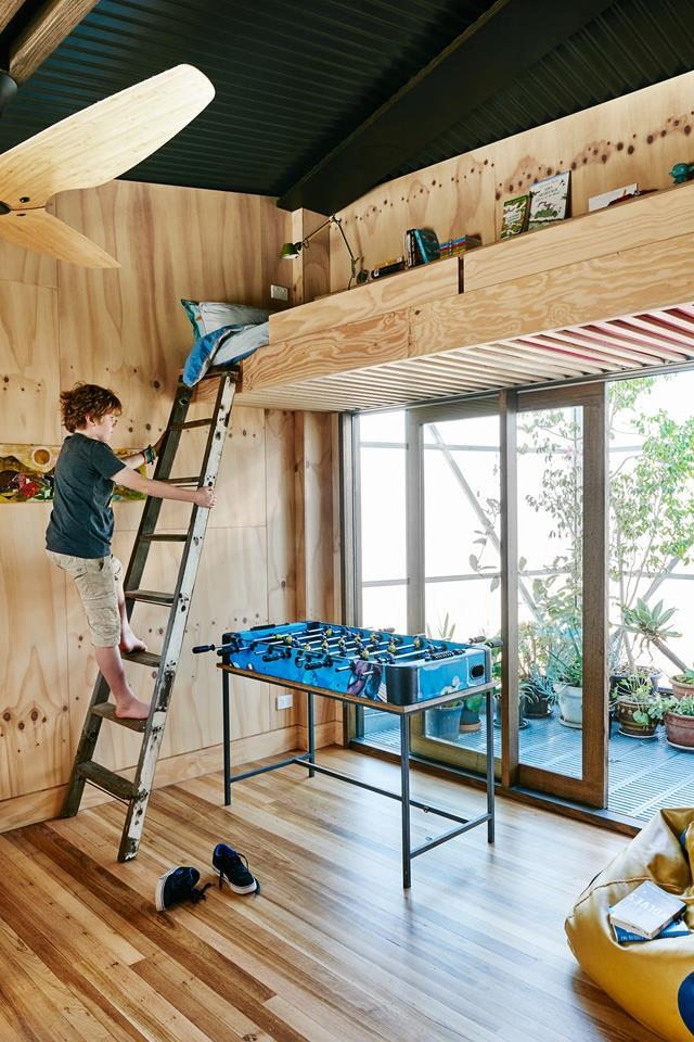 """Henry's epic bedroom in his family's [sustainable self-build in Melbourne](https://www.homestolove.com.au/sustainable-home-by-form-architecture-furniture-5702