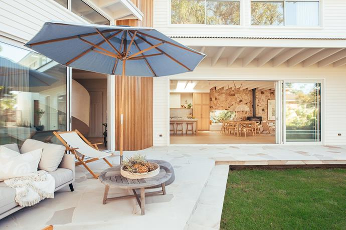 Paragon Stacking Doors, from Wideline Windows, create a seamless indoor-outdoor flow.