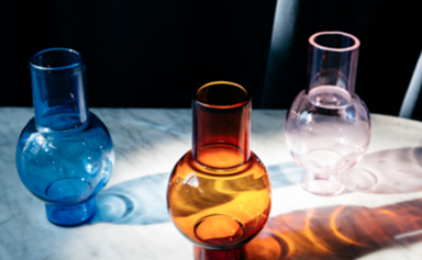 20 colourful glass vessels