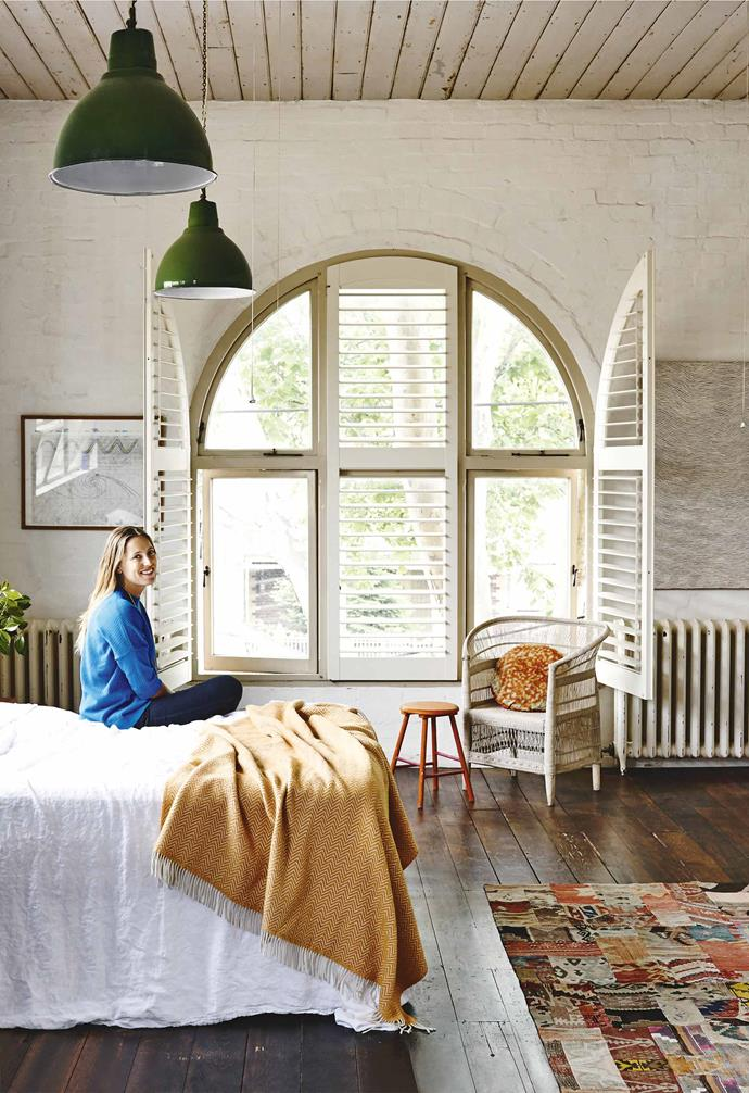 """When it comes to price, Saskia errs on the more conservative side and says she has never really purchased any big statement pieces. """"Mum's an interior designer and when I first moved out of home, I inherited some beautiful antique dressers and furniture from an old family [beach house](https://www.homestolove.com.au/10-beautiful-beach-shacks-19012