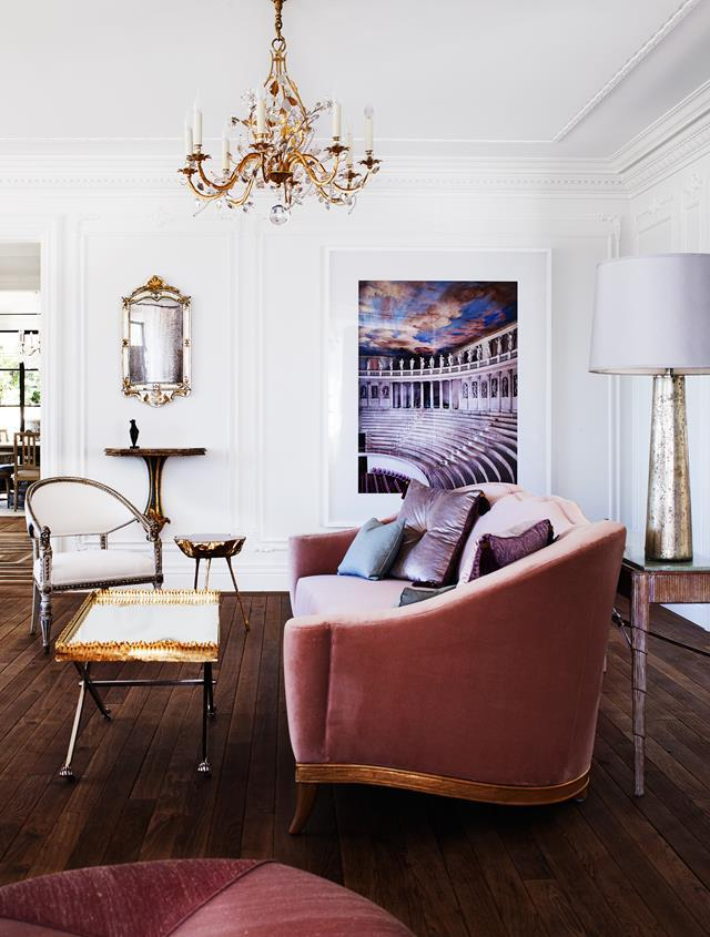 """From the intricately carved Italian-inspired front doors to a Moorish-style dressing room upstairs, and living spaces evoking French baroque and Swedish neoclassicism, this [Sydney house](https://www.homestolove.com.au/italianate-mansion-in-sydney-by-dylan-farrell-design-5343