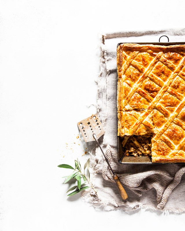 """**[MAGGIE VELLA'S TIMPANA](https://www.homestolove.com.au/timpana-recipe-21491