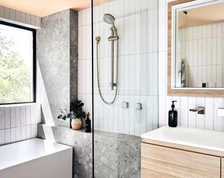 small-bathroom-elegance