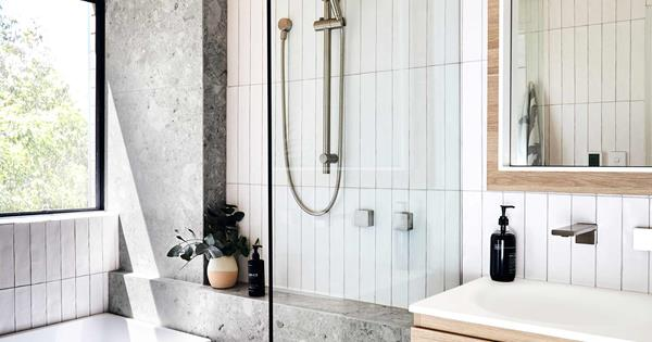 11 tips for making a small bathroom look elegant