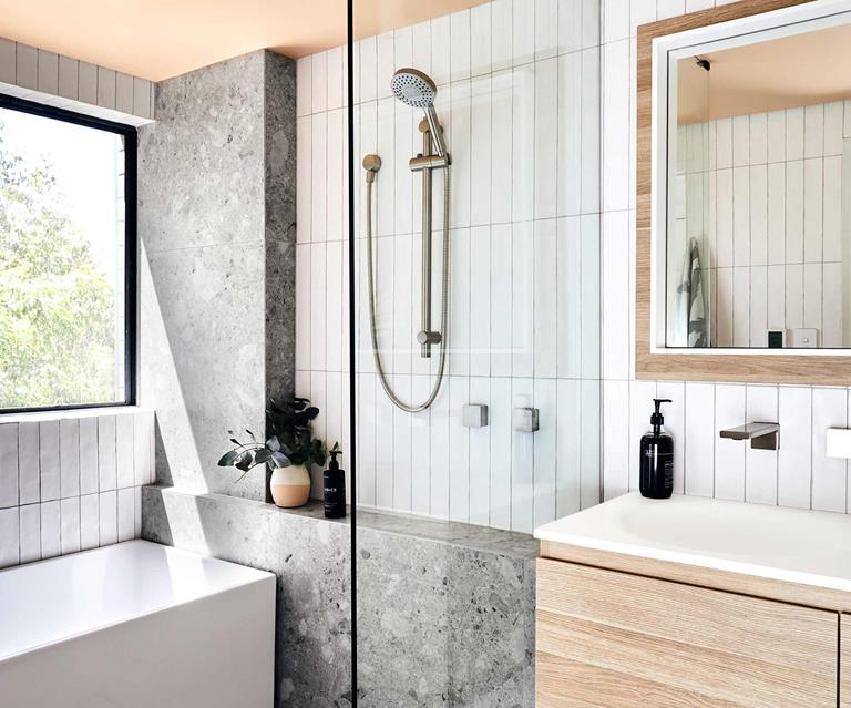11 Tips For Making A Small Bathroom Look Elegant Inside Out