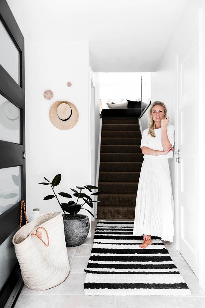 "Photo: Maree Homer | Styling: Kristin Rawson in her [minimalist coastal home](https://www.homestolove.com.au/minimalist-coastal-home-19515|target=""_blank"") in Sydney."