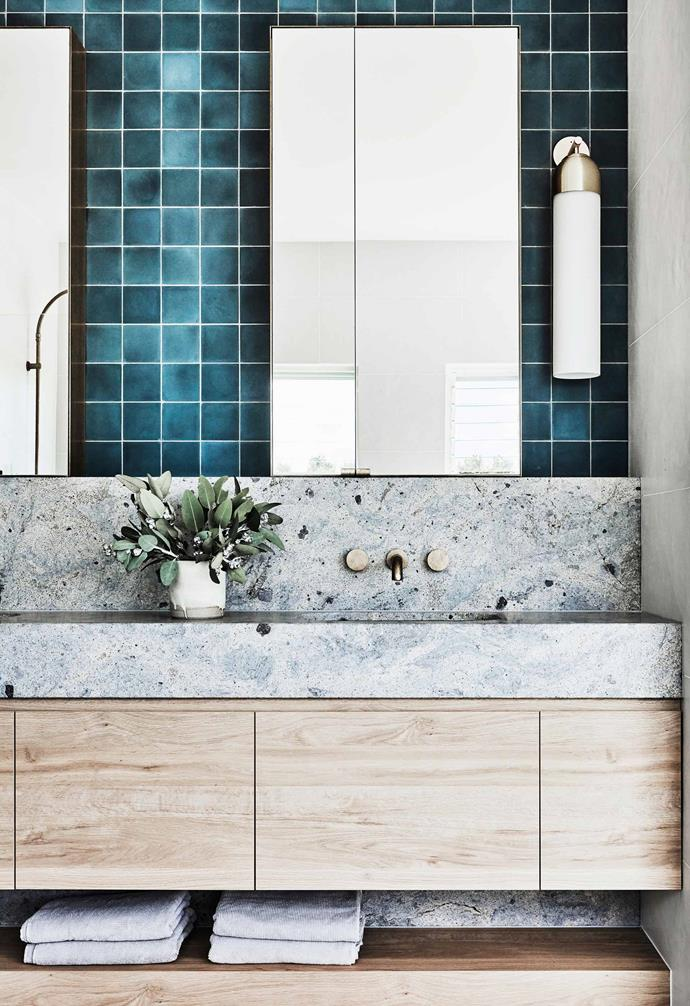 "**Main ensuite** Gracing the wall are Mr Jason Grant 'New Paradise' tiles in Deep Sea from [Surface Society](https://www.surfacesociety.com.au/|target=""_blank""