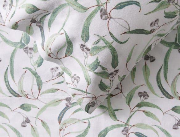 "Morgan & Finch, Eucalyptus Flannelette Sheet Set, $119.95, [Bed Bath N' Table](https://www.bedbathntable.com.au/bed/sheet-sets/eucalyptus-sage-010101|target=""_blank""|rel=""nofollow"")"
