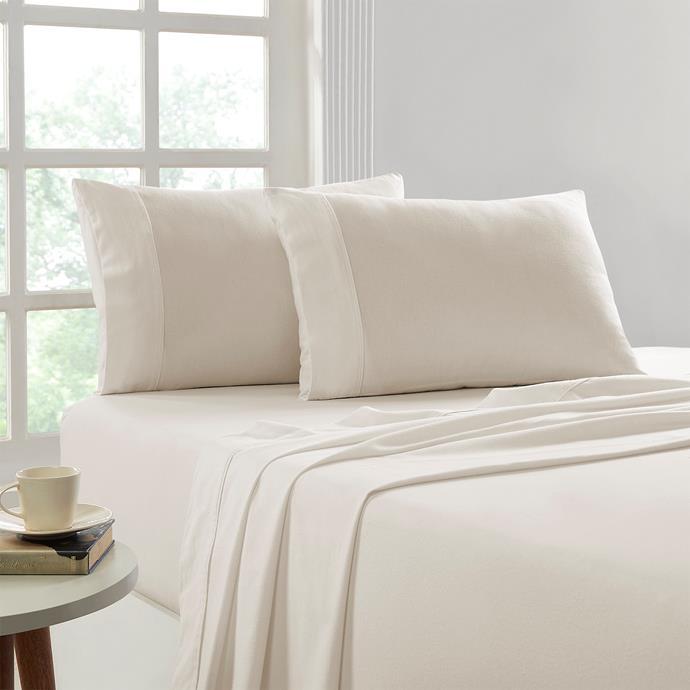 "Park Avenue 175 GSM Egyptian cotton Flannelette sheet set in Stone, $99.95, [Cloud Linen](https://cloudlinen.com.au/product/park-avenue-175-gsm-egyptian-cotton-flannelette-sheet-set-single-graphite/|target=""_blank""|rel=""nofollow"")"
