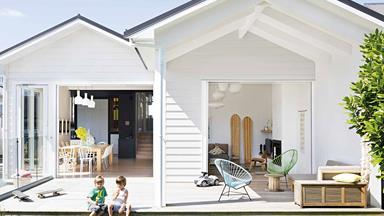 A relaxed seaside villa in New Zealand with indoor-outdoor flow