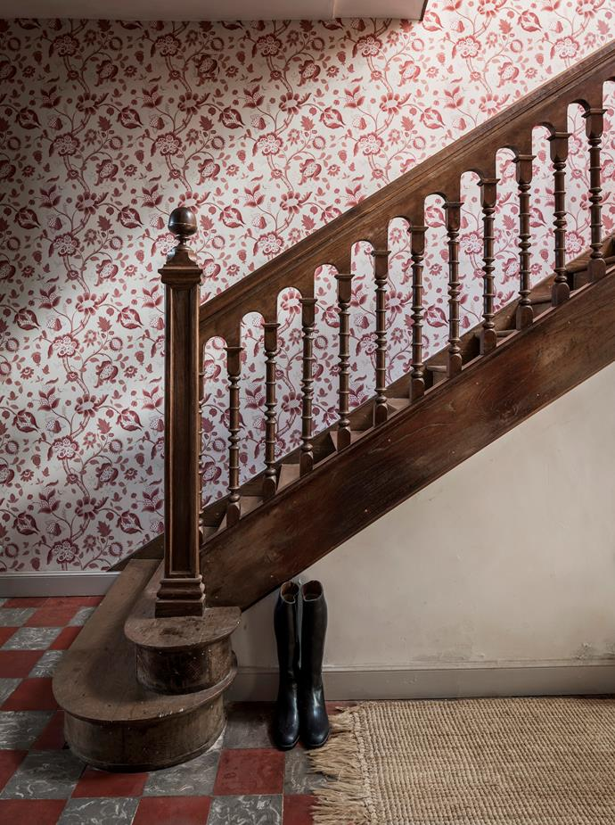 The oak staircase.
