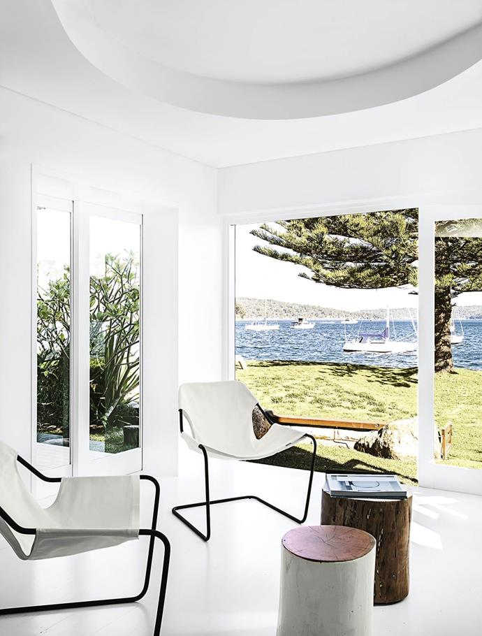 """This [living area](https://www.homestolove.com.au/gallery-a-waterside-family-home-on-sydneys-northern-beaches-1448