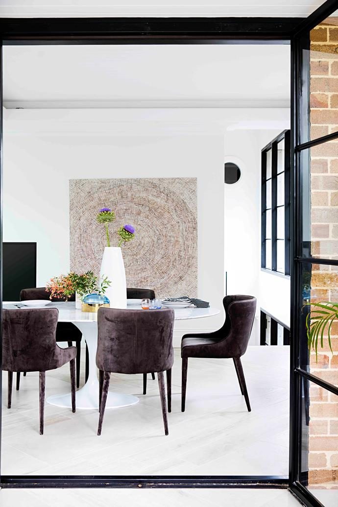 In the dining room, the designer chose a replica Saarinen table from Replica Furniture, and paired it with velvet dining chairs from Coco Republic that are more spill resistant than they seem, thanks to an Eco Shield treatment, which guarantees a long, stain-free future.