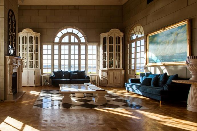 """**[Campbell Point House, Leopold, Victoria](https://www.airbnb.com.au/luxury/listing/37362784?location=Australia&source_impression_id=p3_1593752344_iaRF5vE0Mmul0USX&guests=1&adults=1 target=""""_blank"""" rel=""""nofollow"""")** <br><br> There are few more majestic residences in Australia than Campbell Point House, just outside Melbourne. The lakeside mansion overlooks Lake Connewarre and is suitable for over 16 guests, including the Queen.  <br><br> Price: from $9,750 per night."""