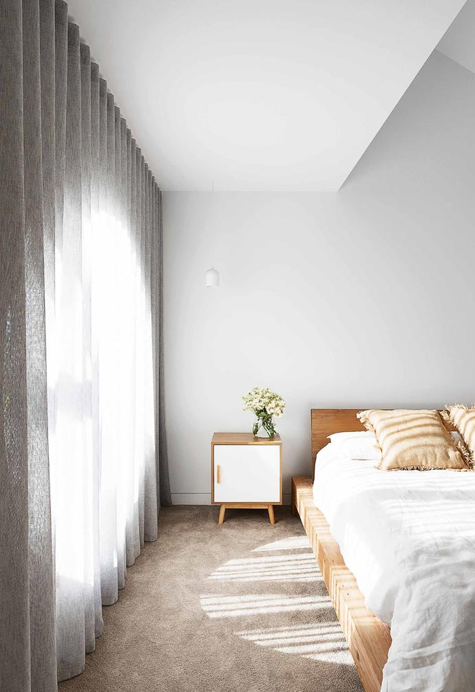 "**Main bedroom** Home to a showstopping circular window, this room receives plenty of natural light. The Slab bed is by [Mark Tuckey](https://www.marktuckey.com.au/|target=""_blank""