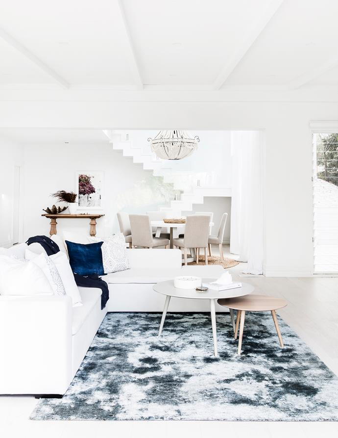 """>> Lana Taylor of Three Birds Renovations opted for Dulux Lexicon in her [Mediterranean-style home](https://www.homestolove.com.au/lana-taylors-modern-mediterranean-style-home-6378