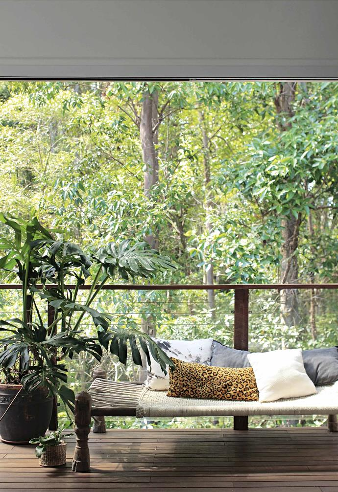 "**Take time to lounge around** What's the point of that wonderful view if you can't kick back and enjoy it from time to time? The woven Indian [daybed](https://www.homestolove.com.au/indoor-daybed-ideas-21303|target=""_blank"") on the deck, from [Water Tiger](https://watertiger.com.au/