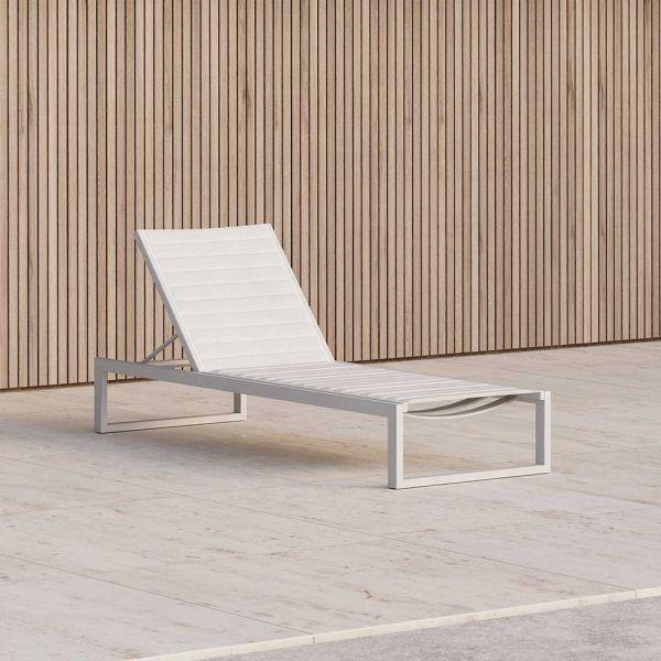 "Eos Outdoor Sun Lounge, - Case Furniture, [Spence & Lyda](https://www.spenceandlyda.com.au/eos-outdoor-sun-lounge-case-furniture.html|target=""_blank""|rel=""nofollow"")"