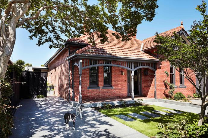 """Nestled within a row of [heritage-listed](https://www.homestolove.com.au/redesign-of-a-heritage-sandstone-sydney-terrace-6317