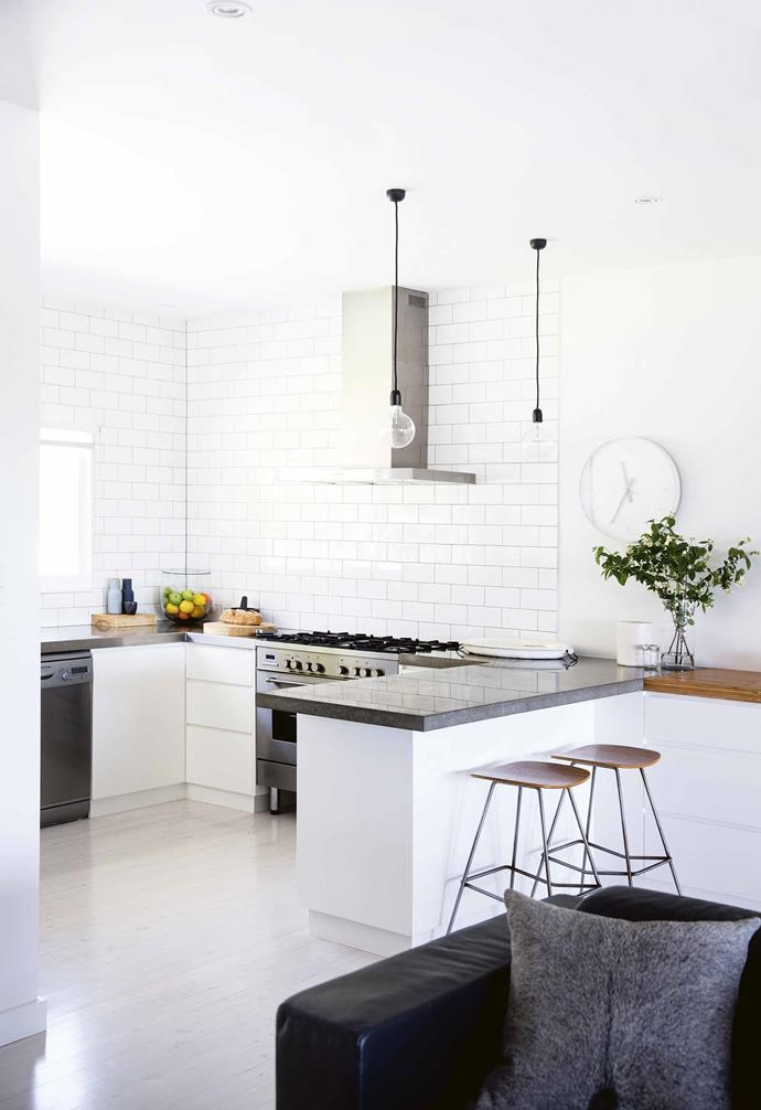 "The whole family has a similar aesthetic: [clean and minimal](https://www.homestolove.com.au/minimalist-homes-6769|target=""_blank""). ""Discussions about materials, finishes and layout were stress-free and straight forward,"" says Sasha. [Mr & Mrs White](https://www.mrandmrswhite.net/