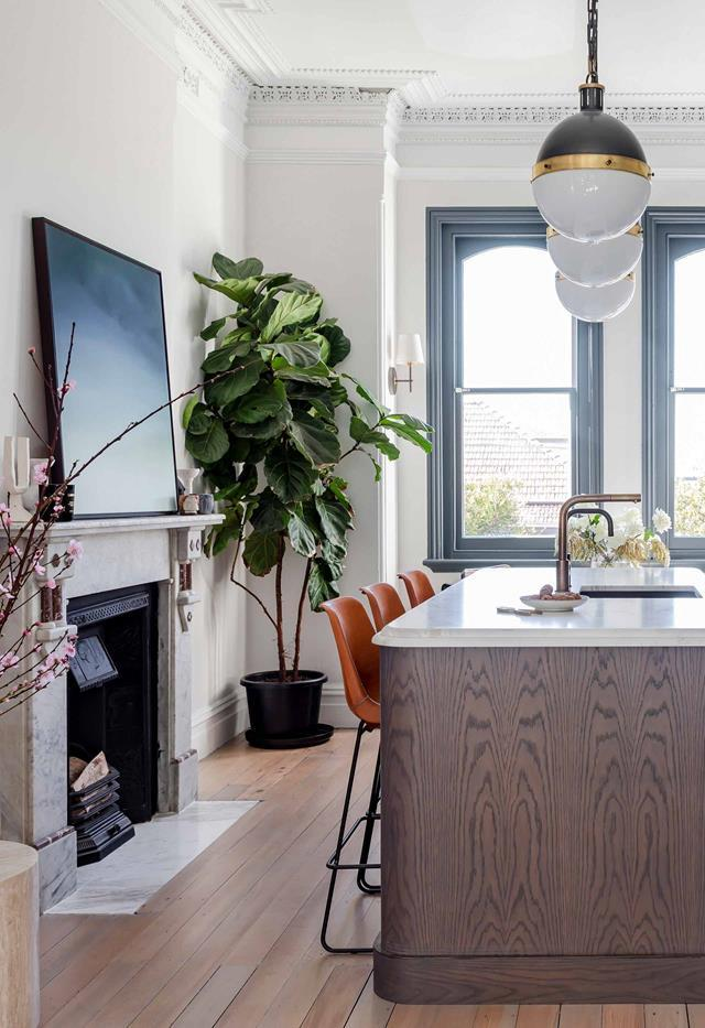 """Interior designer [Jillian Dinkel's charming Federation home](https://www.homestolove.com.au/jillian-dinkel-home-21167