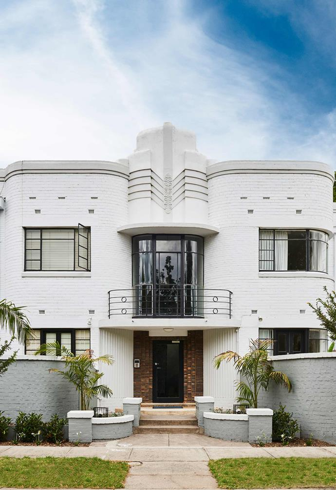 ">> This Art Deco-style apartment block is just one of many incredible [Art Deco-style houses in Australia](https://www.homestolove.com.au/art-deco-house-19892|target=""_blank"")."