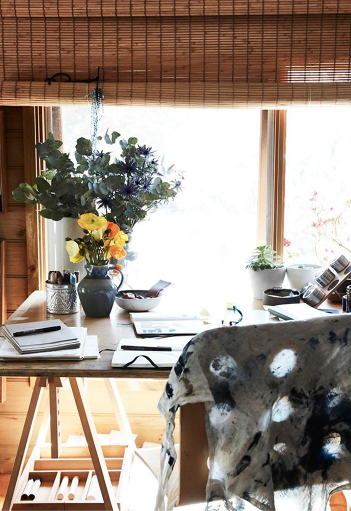 """Emerging Australian artist [Hannah Nowlan's home](https://www.homestolove.com.au/hannah-nowlan-artist-home-21682