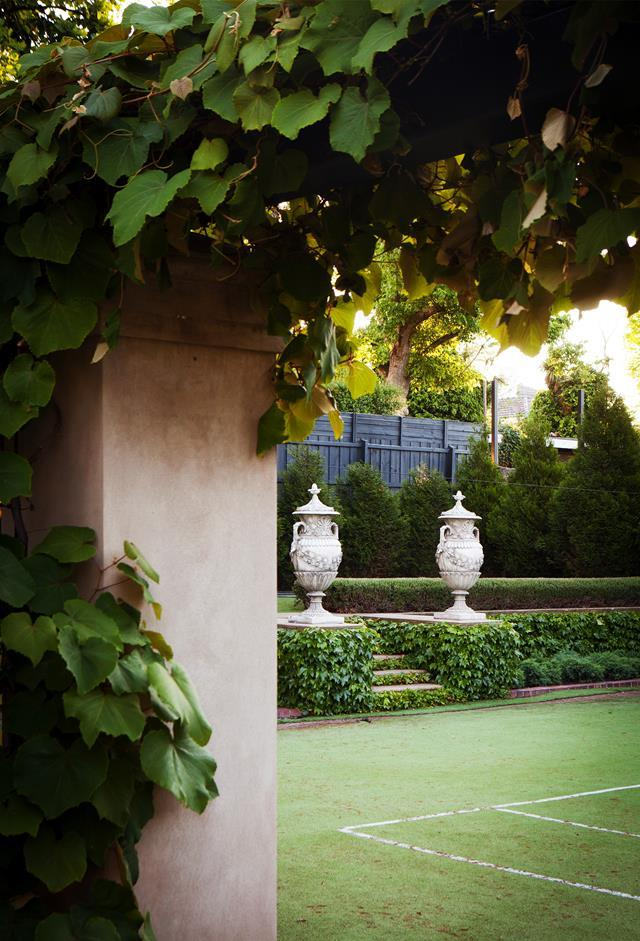 "This tennis court is part of an original design by Harold Desbrowe-Annear, in a [grand mansion in Melbourne's inner east](https://www.homestolove.com.au/verdant-formal-garden-by-paul-bangay-20619|target=""_blank""). The garden was gently reinvigorated by Paul Bangay over eight years."