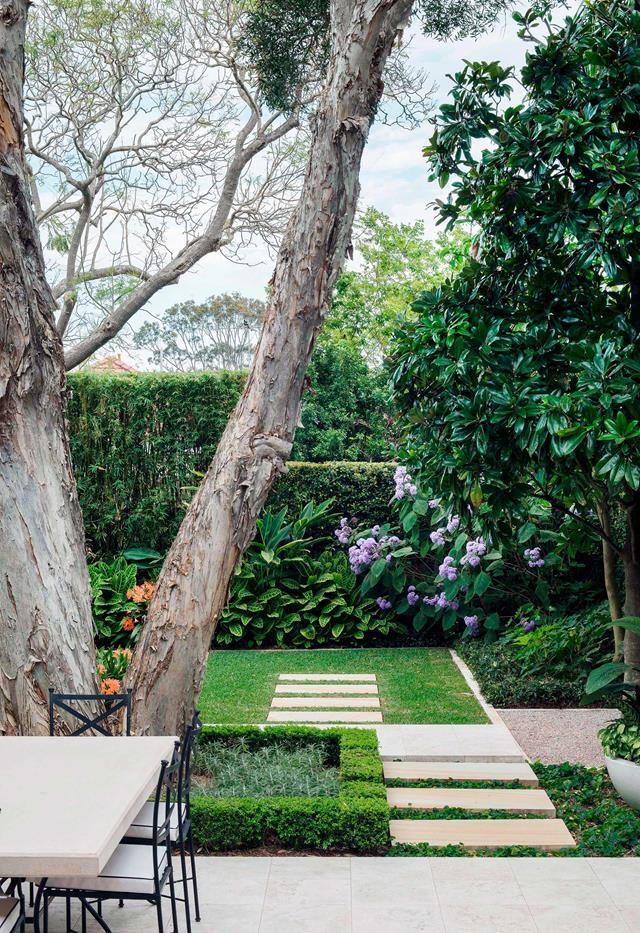 """Once its pebblecrete stepping stones were removed, [this Sydney garden](https://www.homestolove.com.au/backyard-garden-designed-for-outdoor-living-19155