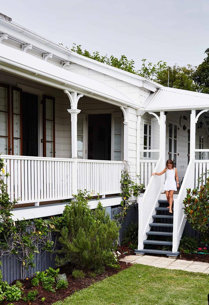 ">> [20 fabulous Queenslander homes that are full of charm](https://www.homestolove.com.au/14-fabulous-queenslander-homes-4695|target=""_blank"")."