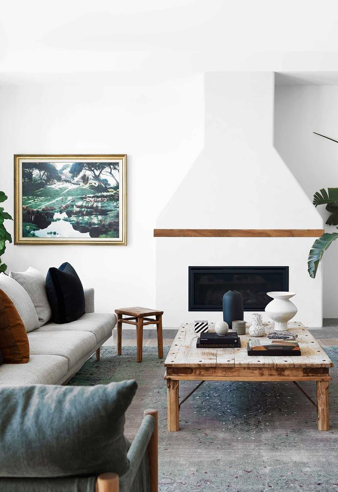 "**Living area** Interior designer Lara Staunton of [Lahaus](https://lahaus.com.au/) chose a [Jardan](https://www.jardan.com.au/|target=""_blank""