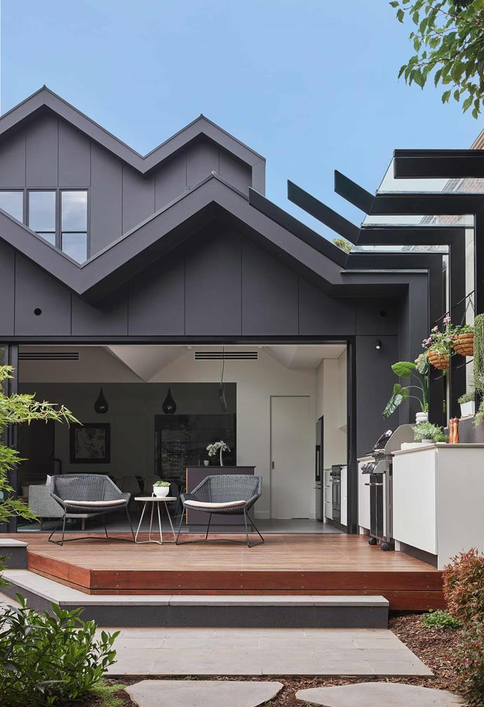 This Edwardian home in Victoria was given a contemporary transformation with the addition of this Scandi barn style extension. Clad with James Hardie Matrix boards for the exterior and paired with v-groove wall panelling for the interior, the end result is a relaxed and modern home that emphasises indoor-outdoor living.